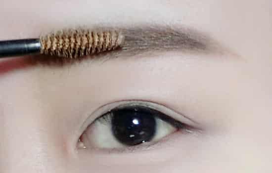 桃花妆画法步骤 韩式桃花妆教程