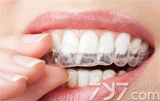 彩泥制作动物牙齿