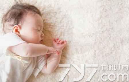 孩子 睡觉出汗是怎么回事, 小孩晚上 睡觉出汗是