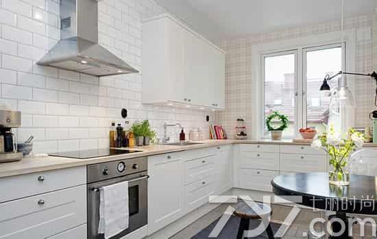 厨房墙面装修效果图之瓷砖墙