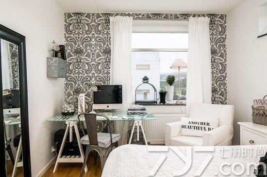 卧室给人一种清新淡雅的感觉,白色墙面非常简约,显得通透自然,视觉效果也更大了。小户型如果没有书房的话,可以像这样,在角落摆放一个书桌,在这又能休息,又能工作学习,也是一种美好的享受,整个装修尽显欧式简约风范。