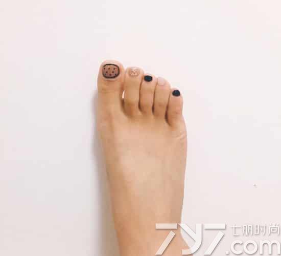 脚美甲图片2016款式多样,美甲图片2016新款式脚趾甲,脚趾甲美甲