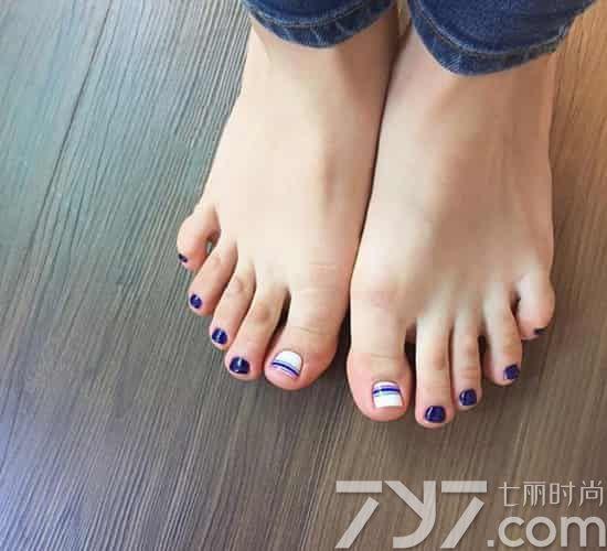 脚指甲美甲图片简单 立夏脚趾换新衣
