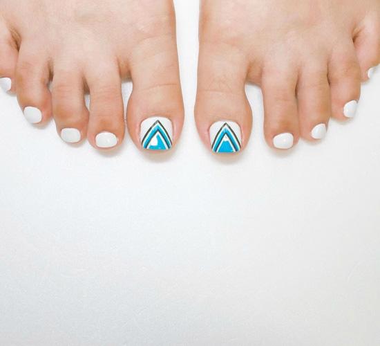 脚指甲美甲图片简单,简单脚指甲图片大全,简单脚美甲图片