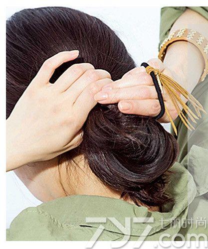 扎长头发简单好看的步骤,扎长头发的方法100种,扎长头发发型图片