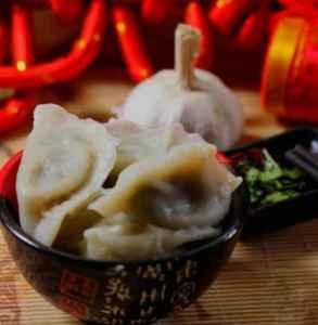 孕妇可以吃荠菜水饺吗 怀孕初期切忌吃荠菜