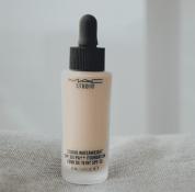 MAC滴管粉底液怎么样 轻薄水润更贴肤
