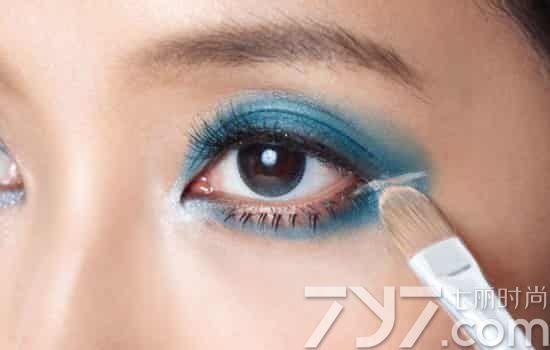 画眼影的技巧图解,涂眼影技巧图解,怎么画眼影图片