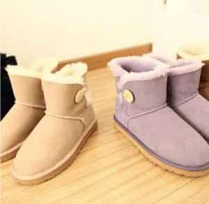 雪地靴几度穿? 什么时候穿雪地靴才合适?