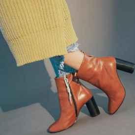 冬天小个子女生穿什么靴子好看?