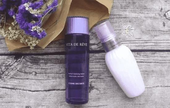 紫苏水和健康水哪个好,健康水和紫苏水的区别,奥尔滨健康水和黛珂紫苏水