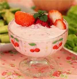 酸奶一天喝多少合适 成年人每日不可超400克