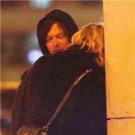 行尸走肉弩哥确定恋情 诺曼•瑞杜斯和黛安·克鲁格纽约街头热吻