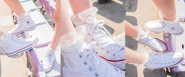 裙子配帆布鞋好看吗?撩人季节,美美的裙子几乎占据了整个街头,各种搭配层出不穷,除了性感的高跟鞋,美裙和帆布鞋的混搭更是别具一格哦。