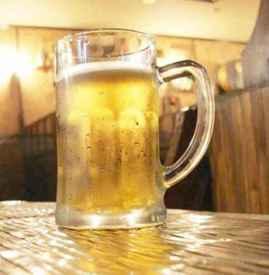 喝啤酒会丰胸吗 不建议喝啤酒来丰胸