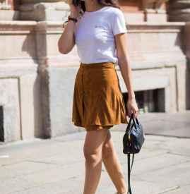 白色T恤配什么裙子 各种STYLE随意切换