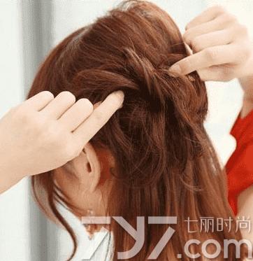 短发如何扎半丸子头,半丸子头短发扎法图解,半丸子头短发怎么扎
