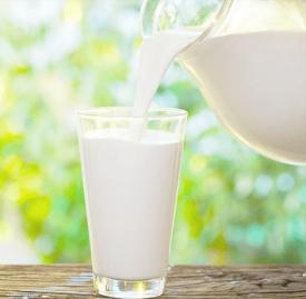 牛奶洗脸的正确方法 五招教你花式牛奶洗脸