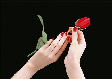 甲沟炎和灰指甲的关系