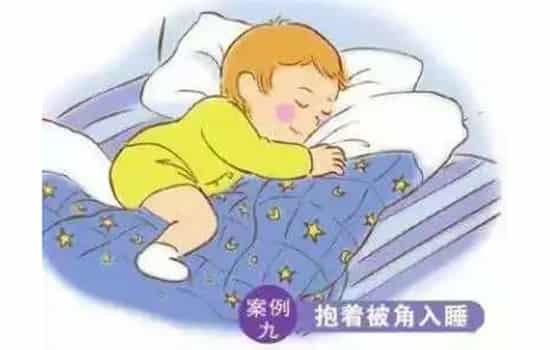 宝宝睡觉姿势正确图 十种睡法你的宝宝是哪种?图片