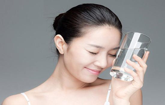 薇诺娜柔润保湿霜作用 宝宝也可以用的保湿霜