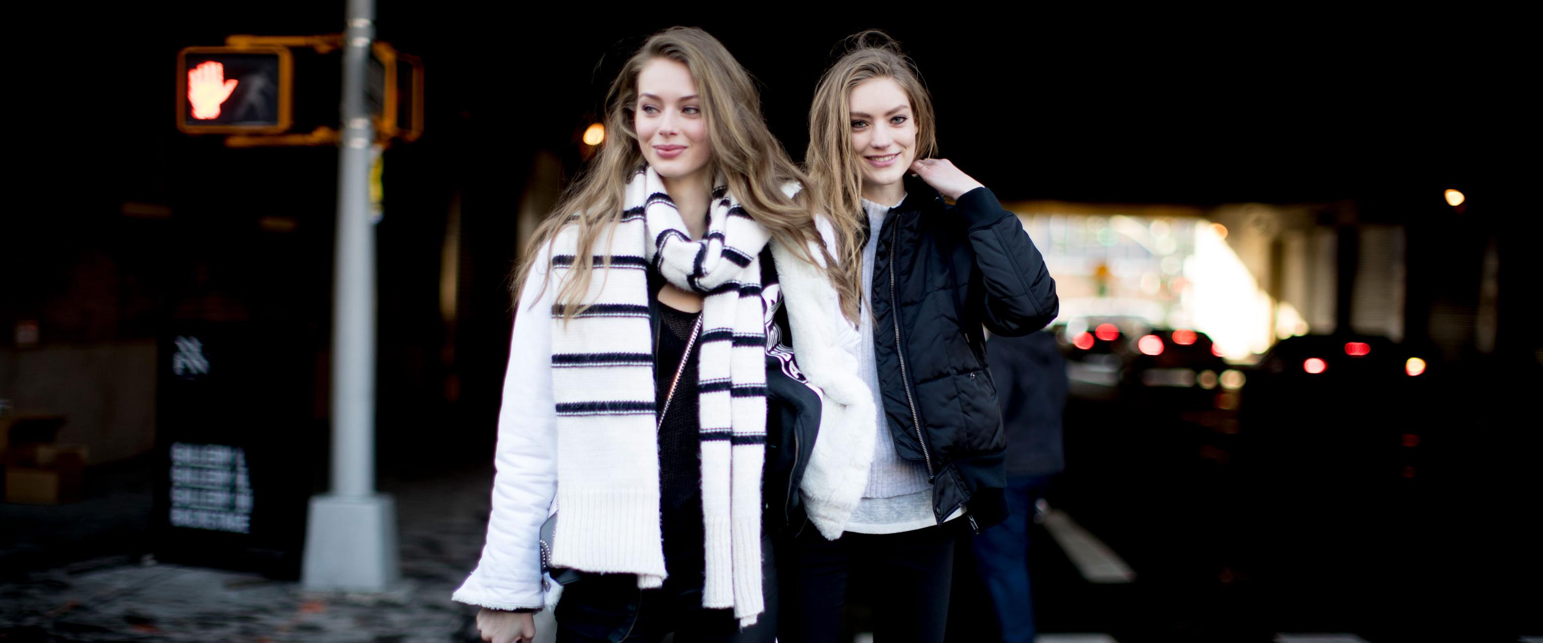 """冬天穿黑色衣服,关于黑色的诠释有许多,它神秘帅气,有着无尽的想象,而冬天,也最是黑色""""猖狂""""的时候。那么,我们就来看看冬天怎么穿黑色最好看!"""