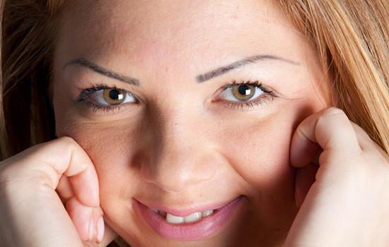 雅顿眼部精华胶囊怎么样 恢复双眸神采熠熠