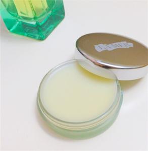 海藍之謎唇膏真假對比 快看你的臘梅潤唇膏是正品嗎