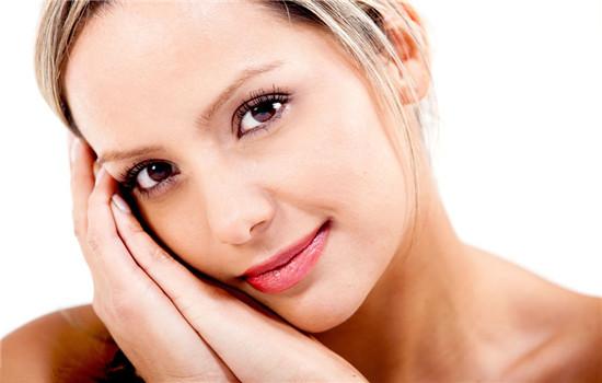 橄榄油护肤的正确方法 护肤方法很重要