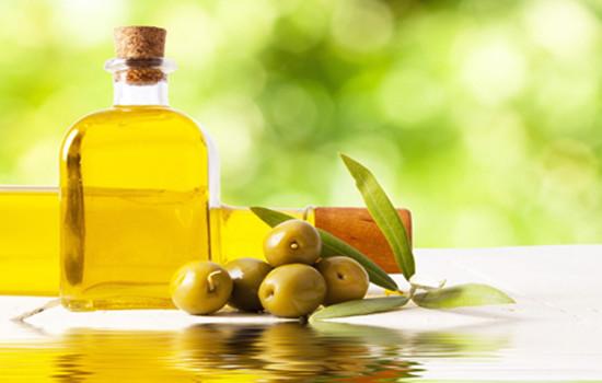 皮肤干燥可以用橄榄油吗 皮肤干燥巧用橄榄油护肤