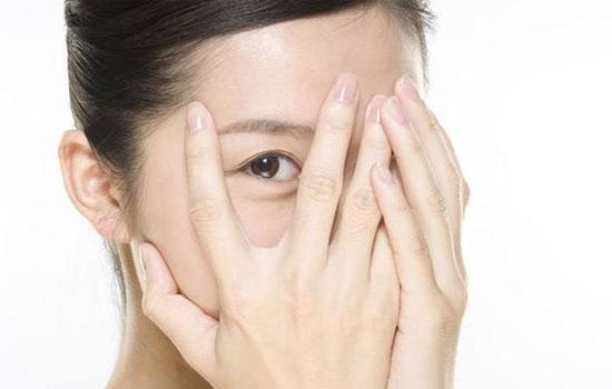 眼霜过敏有什么症状 有这些问题就要小心了