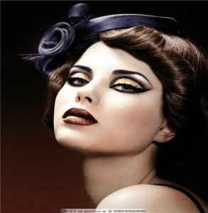 裸色眼妆的画法步骤图片  让完美的眼妆来提亮你整个妆容
