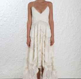 Zimmermann 婚纱系列精緻刻画出推叠的不羁浪漫