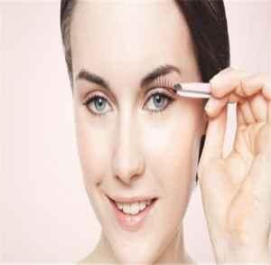 贴假睫毛有什么准备技巧 教你如何贴好假睫毛的方法