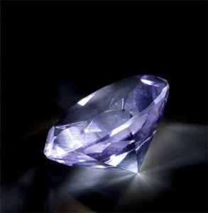 托帕石和水晶的区别 两者不能混为一谈哦