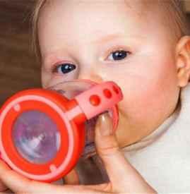 一个月宝宝能喝葡萄糖吗 过多喝葡萄糖危害大