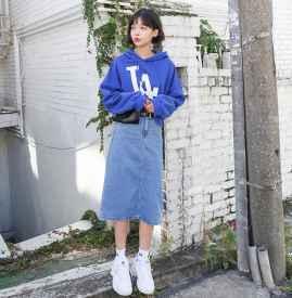卫衣搭配牛仔裙图片 瞬间减龄变少女