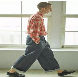 男生阔腿裤搭配图片 男生这样穿阔腿裤帅极了