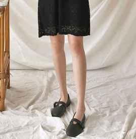 黑色蕾丝连衣裙长袖 这4种搭配让你春夏秒变小仙女