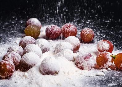 洗葡萄用面粉还是淀粉