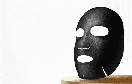 黑面膜和白面膜的区别 看哪个更适合你