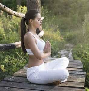 """能瘦肚子的瑜伽动作 四个""""坐法""""减掉赘肉"""