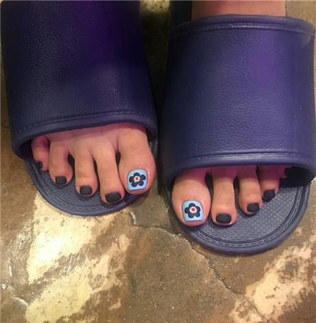 韩国脚美甲图片 脚部也要美美哒哟