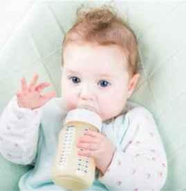 宝宝反复吐奶怎么办 妈妈应该怎么护理呢