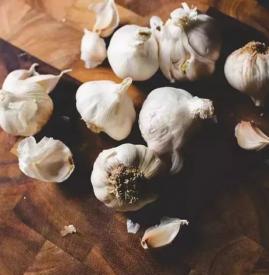 经常吃大蒜有什么好处 它有着这七大药用功效哟