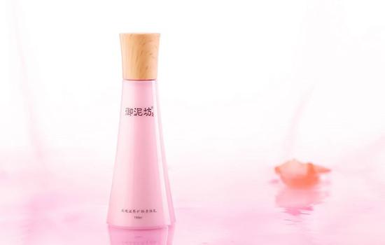 香体露和身体乳哪个先用 一起做个香香公主吧