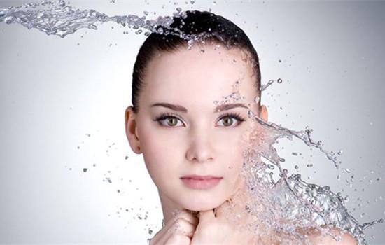 皮肤越来越黑是什么原因 记住这五点才能变白