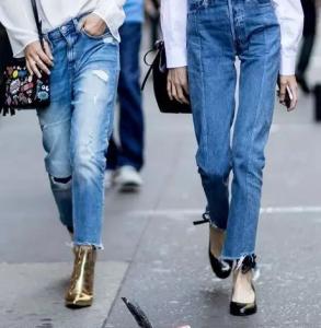 秋天牛仔裤配什么鞋子好看