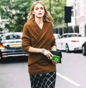 焦糖色衣服怎么搭配 今年秋冬你一定要买一件糖色的衣服