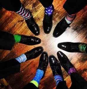 秋冬男生袜子怎么搭配 要有型学会穿袜子才是门道第一步